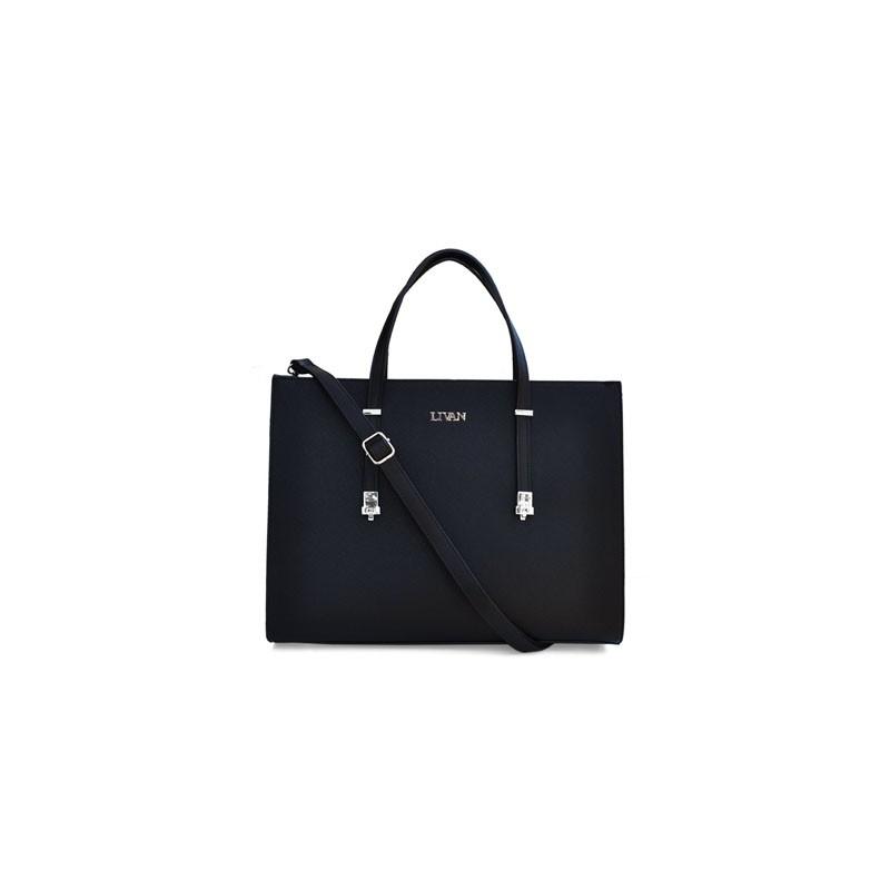 69166dea7f Matière : synthétique rigide avec effet strié, doublure intérieure en  polyester. Picots de protection sous le sac.